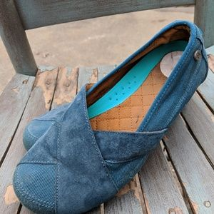 6335c1d33e1 Mozo. Women s Mozo Teal Blue Slip ...
